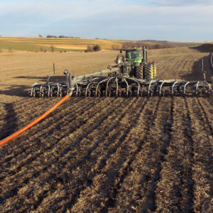 Toolbar applicator in the field